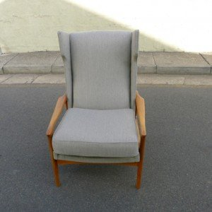 Fler wing back chair