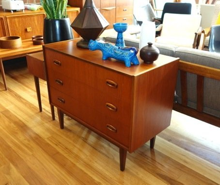 Parker Furniture Dresser Collectika Vintage And Retro