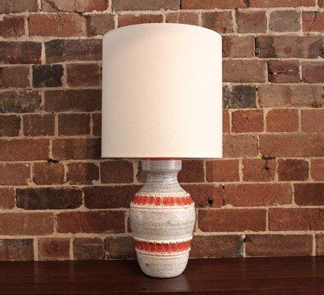 White Italian Ceramic Lamp Collectika Vintage And Retro