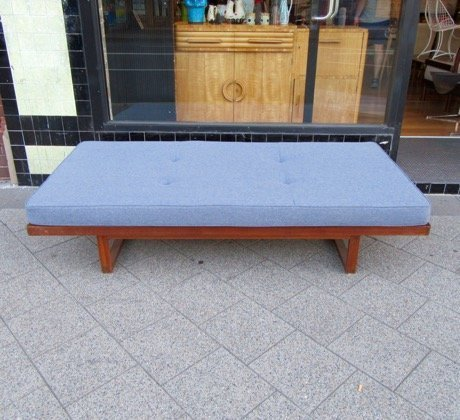 Daybed danish  Danish Deluxe Daybed - Collectika Vintage and Retro Furniture Shop
