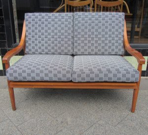 mid-century-modern-2-seater-sofa-1