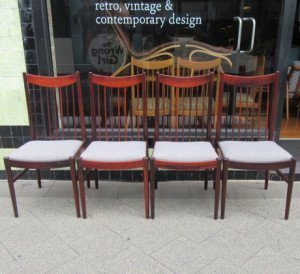arne-vodder-dining-chairs-1
