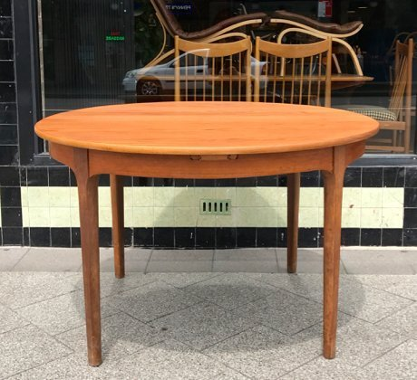 vintage round nathan furniture extendable dining table collectika
