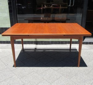 summertone-table-1