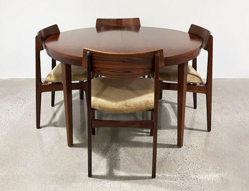 Danish Rosewood extendable dining setting