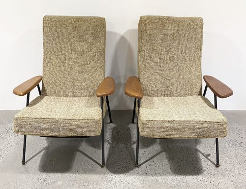 Calypso arm chairs
