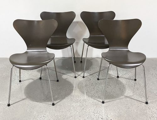 Fritz Hansen Series 7 dining chairs